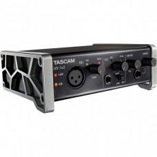 Аудиоинтерфейс TASCAM US-1х2